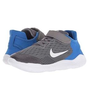 NEW Boys Girls Nike Free RN Shoes